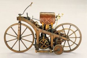 Initially called Reitwagen auf zwei Rädern (riding car on two wheels), the first motorcycle had a speed of 7.5 miles/hour