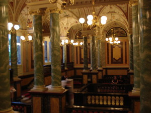 Dresden's Semper Opera House, stucco columns in vestibule, Photo © J. Elke Ertle 2013