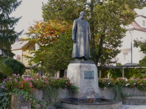 Statue of Father Sebastian Kneipp in Bad Woerishofen, Photo by J. Elke Ertle © 2014