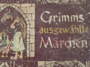 Grimms ausgewaehlte Maerchen, printed in 1946, my favorite childhood book, photo © J. Elke Ertle, 2015