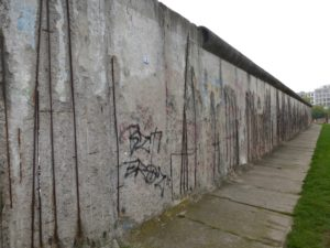 Preserved Berlin Wall section at the Berlin Wall Memorial, photo © J. Elke Ertle, 2014, www.walled-in-berlin.com
