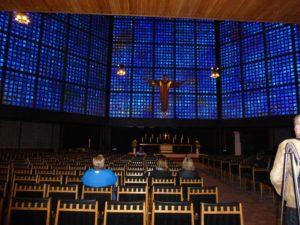 21,000 blue glass blocks create an introspective atmosphere inside the reconstructed Kaiser Wilhelm Memorial Church, photo © J. Elke Ertle. www.walled-in-berlin.com