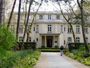 House of the Wannsee Conference, since 1992 a memorial and educational site. Photo © J. Elke Ertle, 2017. www.walled-in-berlin.com